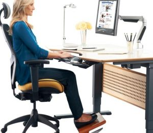 using ergonomic office chairs