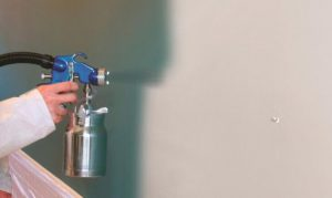 how to spray paint interior walls